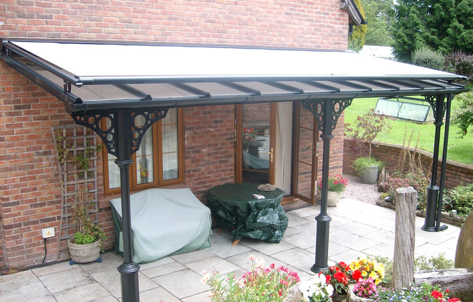 Veranda with open roof blind